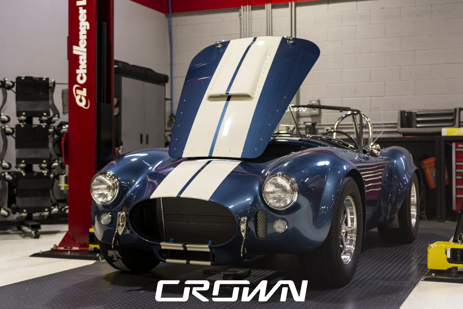 Hood installed superformance mkiii cobra